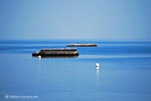 Brückenkopf im Meer