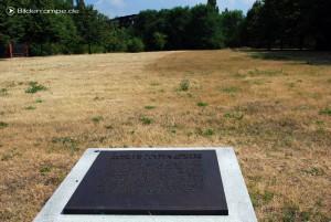 Gedenktafel für die geräumten Gräber