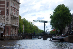 Amsterdam: Eine typische Brücke