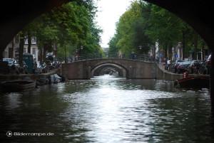 Amsterdam: Viele Brücken hintereinander