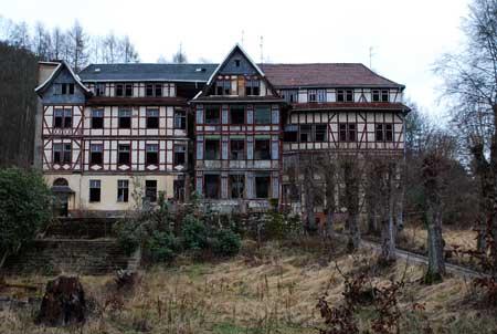 Eine alte verlassene Kurklinik