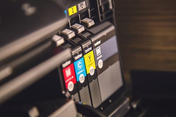 Original Druckerpatronen im Tintenstrahldrucker | Foto: tookapic, pixabay.com, CC0 Creative Commons