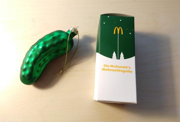 McDonald's Weihnachtsgurke