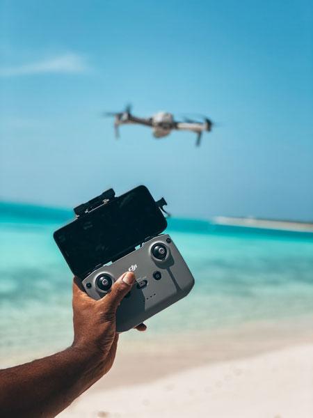 Experimentieren | Foto: Arif@aerial_mv, unsplash.com